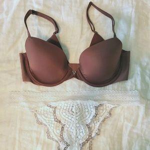 VS mauvelicious silk Demi bra